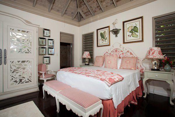 <?php echo Bambu Villa.